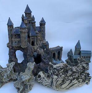 Penn-Plax Castle Aquarium Decorations 2 Castles 2 Rocks 1 Driftwood Replica