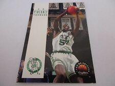 Carte NBA SKYBOX 1993-94 #199 Ed Pinckney Boston Celtics
