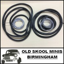 CLASSIC MINI FRONT/REAR WINDSCREEN SEAL KIT EXTRA WIDE WITH OPENING SIDE KIT03
