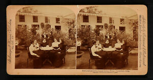 43.STEREOVIEWS>The Courtyard of a typical Cuban Home, Remedios