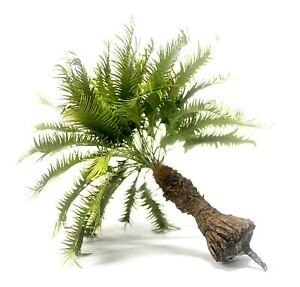 JUNGLE SHORT PALM TREE MODEL 1/35 SCALE 18 CM. HEIGHT. TPV-065