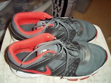 EUC 2013 NIKE AIR 1 TR RUNNING SNEAKERS GRAY HOT PINK SIZE 13 UK 12 631276-001