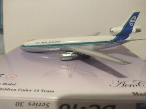 """*RARE*AEROCLASSICS 1:400 SCALE AIR NEW ZEALAND """"DELIVERY COLORS"""" DC-10-30 ZK-NZR"""
