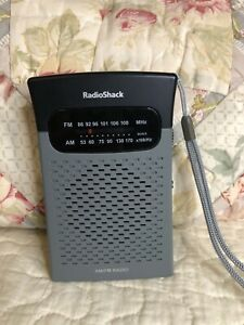 Radio Shack AM/FM Pocket Radio