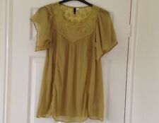 Ladies Lacey Top..Size 14
