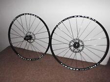 Fahrrad-Laufräder mit Schlauchreifen fürs Mountain Bike