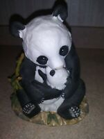 Homco Masterpiece Collection 1988 Porcelain Panda Bear and Cub Figurine