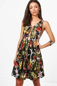 Boohoo Dress Bright Tropical Cut Out Detail Black Floral Size 8 New with Tags