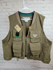 columbia pfg Fly Fishing Vest Mens Xl Tan Pockets Zip Up Outdoor wool patch
