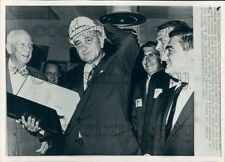 1964 Press Photo Lyndon Johnson Wears Mr President Hardhat at Aerojet