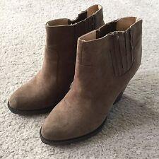 Zara Brown Suede Leather Wooden Short Chunky Heel Trafaluc Booties Boots 9