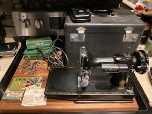1956 singer 221 featherweight sewing maching w case and accessories