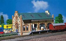 Faller N Gauge Railway/Buildings/Depots Kit No:FA222134 Freight Shed.