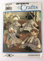 VTG 1989 Simplicity 9539 Sewing Pattern Stuffed Cow, Duck, Doll, Clothes UNCUT