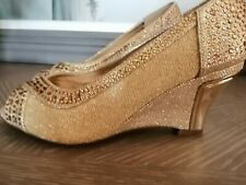 Gold shoes size 4