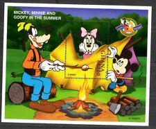 Ghana - Disney - Mickey, Minnie and Goofy - In the Sammer - Souvenir Sheet - MNH