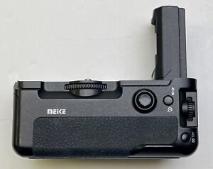 Meike MK-A9 PRO Same  Battery Grip as VGC3EM Sony A9 A7RIII A7III