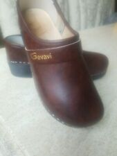 Gevavi  Brown Leather Orthopedic Support Clogs with wood insole sz 39