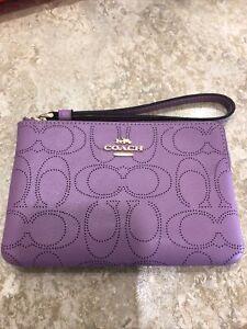 NWT Coach Signature Leather Corner Zip Wristlet 2961 Violet Orchid