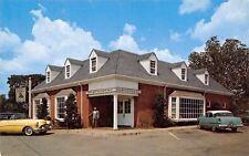 Williamsburg VA~Lafayette Charcoal Steak & Seafood House~1950s Cars~Postcard