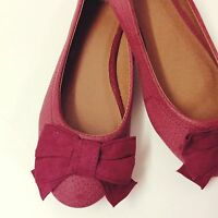 Qube Dark Pink Pumps with bow detail, Brand New with box. Size 3 UK, 36 EU.