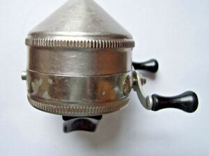 Vintage Zebco Spinner Model 33 Tulsa Brass Gear Spincasting Reel