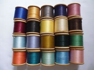 Lot Of 20 Vintage Wooden Sewing Thread Cotton Reels Dewhursts Sylko Three Shells