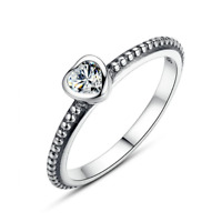 New Silver Plated Sparkling Heart Shaped crystal Stone Ring Band European Brand