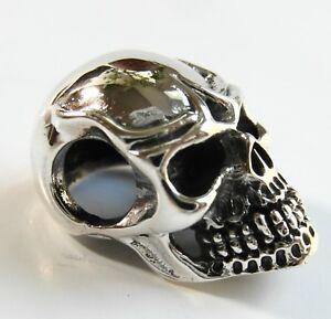 Sterling Silver (925)  Skull  Pendant   (5.7 Grams)   !!      Brand  New !!