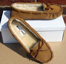 Minnetonka Medium (B, M) Solid 8 Slippers for Women