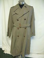 """Mens Coat Wandamac khaki, rainproof, chest 44"""", length 46"""", not perfect 2553"""