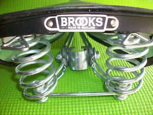 RARE VINTAGE 1950'S/60'S  MADE IN ENGLAND BROOKS  BICYCLE SADDLE N>O>S (9 inch)