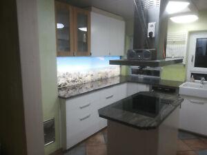 Neu: Beleuchtung für Glas  Küchenrückwand Fliesenspiegel Spritzschutz beleuchtet