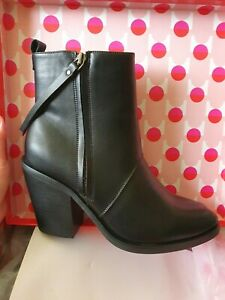 Therapy Black Ankle Boots | Size 8