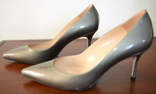 MANOLO BLAHNIK GRAY PATENT LEATHER POINTED TOE  PUMP SIZE 38 #19002