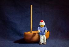 Holzspielzeug ? Matrose mit Boot