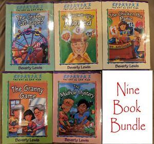 Beverly Lewis Nine Book Bundle Cul-De-Sac Kids