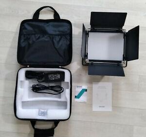 Lumière LED Neewer 660 + Trépied studio photo (190cm) Neewer +Etuis de transport