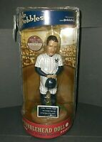 RARE LOU GEHRIG NY YANKEES BOBBLEHEAD HALL OF FAME SERIES LIMITED ED. 2003