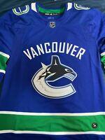 NEW Vancouver Canucks Adidas Home Jersey (MEDIUM M)