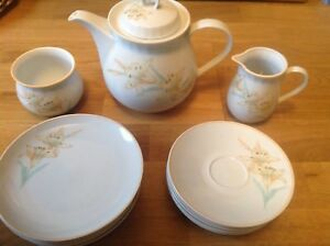 "Denby Water Garden Collection""WHISPER""Teapot Milk &Sugar 6 Saucers 6 Side Plates"