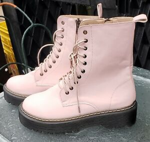 Combat Boots Women U.S Size 8.5 Pink NEW