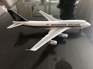 "RARE - Singapore Airlines 747-400 1:200 - 9V-SPQ - ""Farewell"" Skymarks/Risesoon"