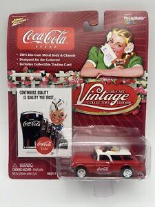 Johnny Lightning Coca-Cola Vintage Collectors Edition 1954 Corvette Nomad 1/64