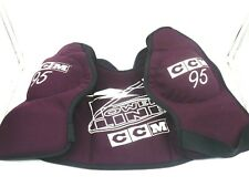 Ccm 95 Powerline Adult Ice Hockey Shoulder Pads Protective Gear - Size: Large