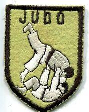 ARTS MARTIAUX JUDO sans nom de club ou ville écusson / patch 7 x 5.5 cm