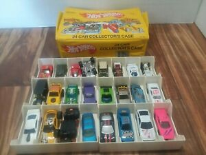 VINTAGE 1983 HOT WHEELS 24 Vinyl Car Collector's Case Mattel 8227 With  CARS