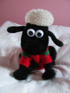 RARE Shaun the sheep in Christmas jumper soft toy Aardman Used Born To Play