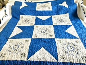 """Lone star to square Flowers Royal Blue beautiful and rare Pattern 98""""X84"""" EUC"""