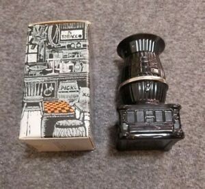 Avon Bravo Men's Aftershave Cologne Pot Belly Stove Decanter New In Box Full ea9
